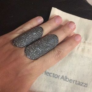 Hector Albertazzi Jewelry - Hector Albertazzi kit of rings graffiti silver